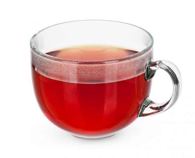 Tazza di tè di vetro isolata su bianco