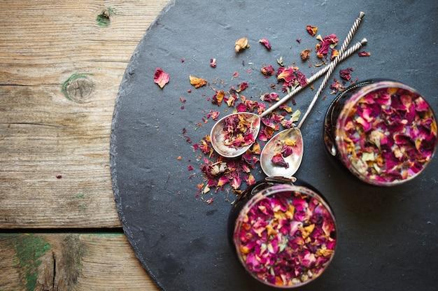 Tè al bocciolo di rosa