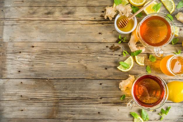 Tè d'autunno con menta e limone con ingredienti