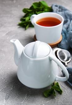 Tè nero alla menta