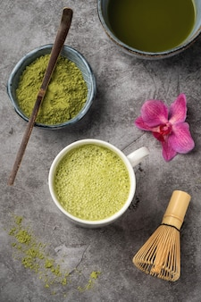 Tè verde giapponese matcha in polvere.