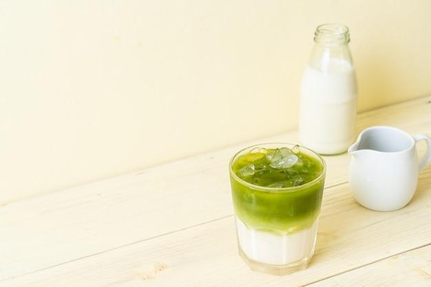Tè verde matcha ghiacciato