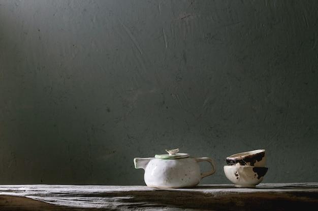 Teiera in ceramica artigianale