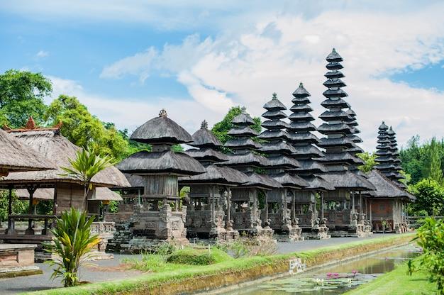 Tempio balinese tradizionale induzm bali