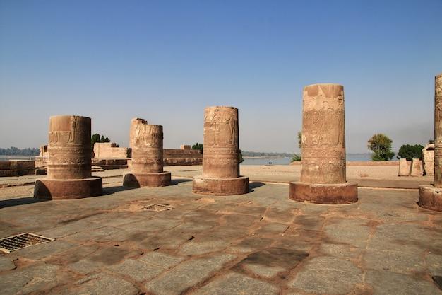 Tempio di kom-ombo sul fiume nilo in egitto