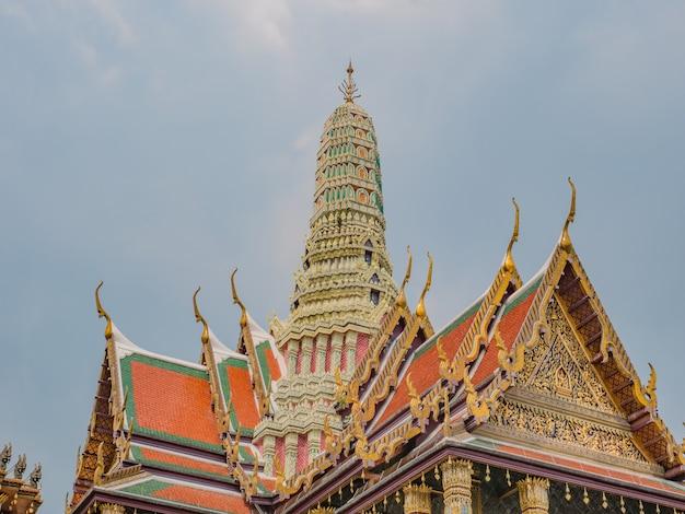 Tempio di wat phra kaew alla città di bangkok in thailandia.