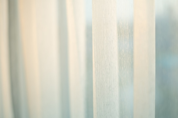 Tenda bianca in tessuto con la luce del sole di illuminazione