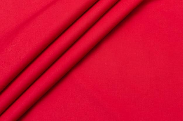 Tessuto di cotone rosso satinato