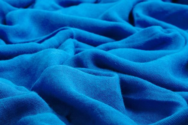 Tessuto morbido drappeggiato blu scuro
