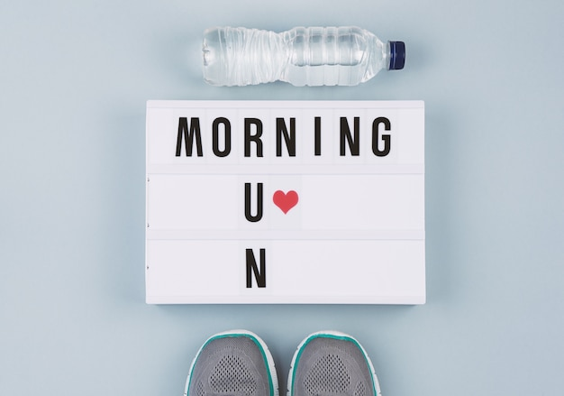 Testo di motivazione su light box morning run