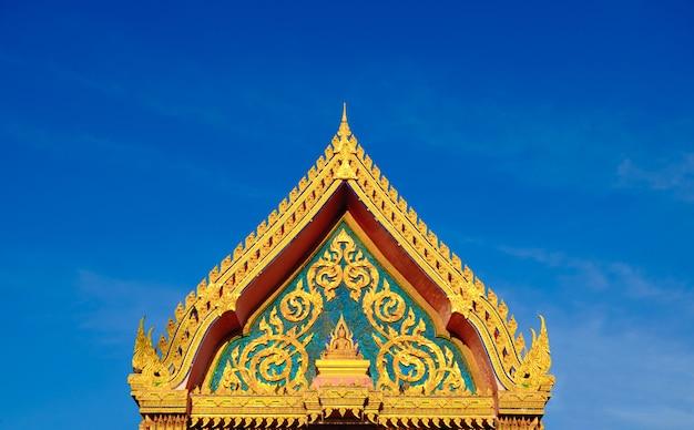 Tetto d'oro del tempio buddista