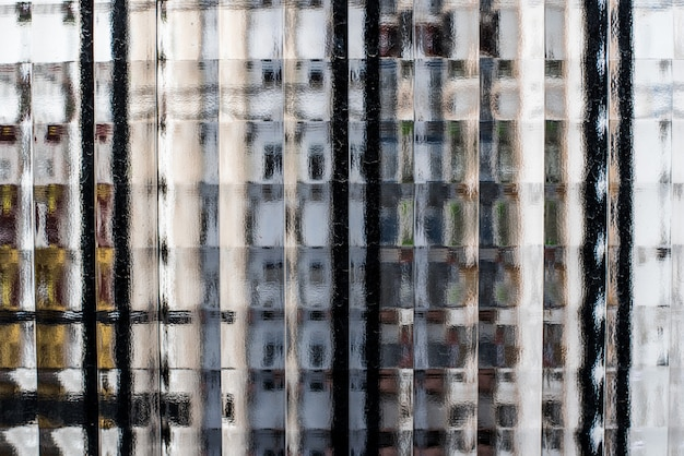 Texture di finestre di vetro guardando attraverso