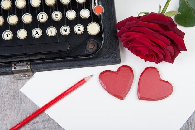 Ti amo con la macchina da scrivere per san valentino