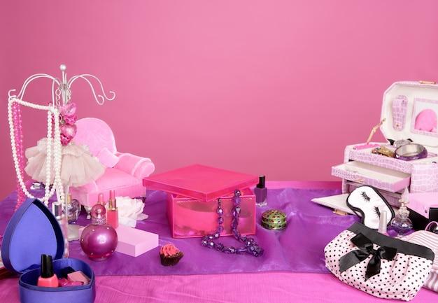 Toeletta vanità trucco moda stile barbie