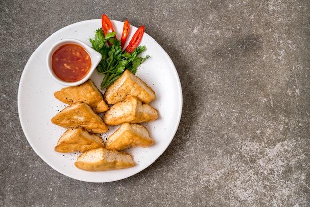 Tofu fritto - cibo vegano