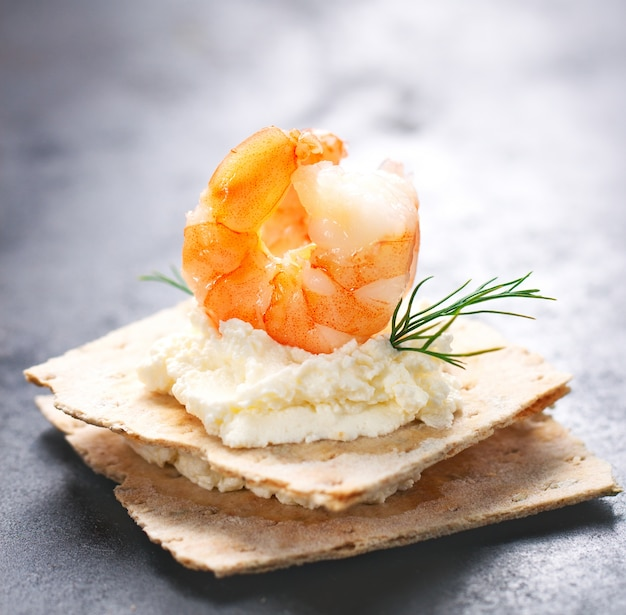 Top prawn con formaggio sotto