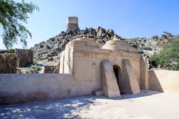 Torre di guardia nella moschea di al bidya, fujairah.