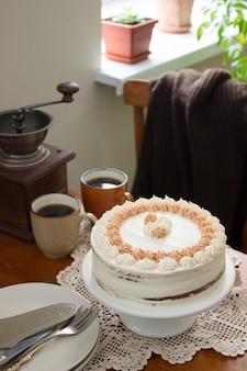 Torta al caffè, stile rustico