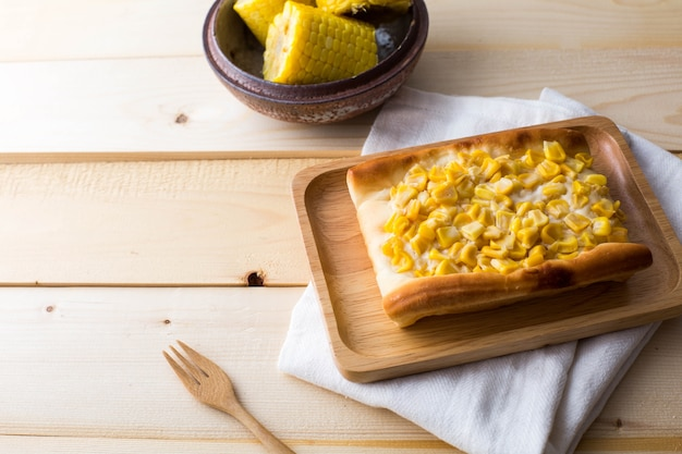 Torta di mais sul tavolo