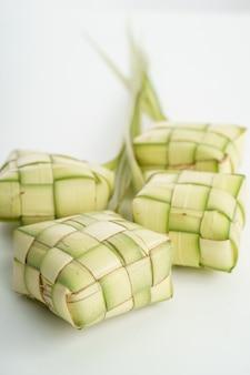 Torta di riso ketupat