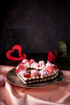 Torta di san valentino con spazio di copia