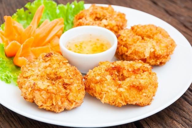 Torta fritta del gambero, alimento tailandese