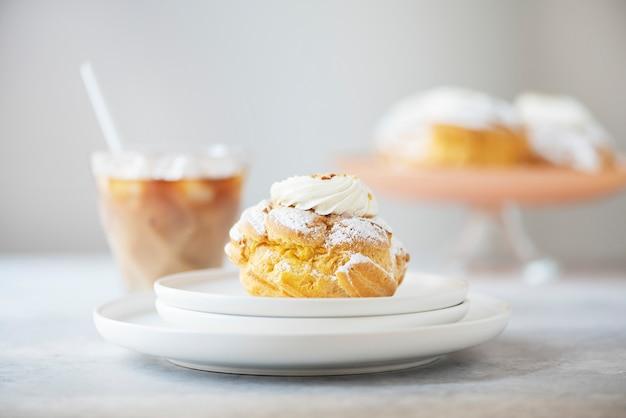 Torte di crema con crema