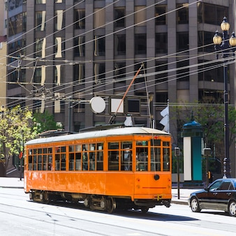 Tram della funivia di san francisco in market street california