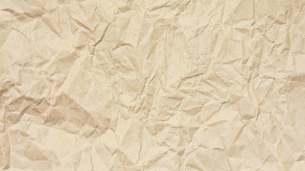Trama di carta riciclata marrone naturale stropicciata