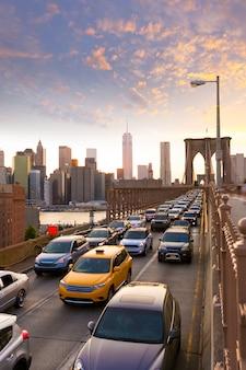 Tramonto a new york manhattan del ponte di brooklyn