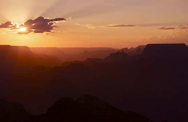 Tramonto nel grand canyon