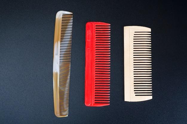 Tre pettini colorati per capelli felice anno nuovo 2020 anno del ratto
