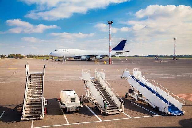 Tre scale in aeroporto
