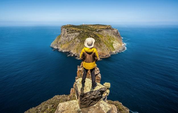 Trekking nella penisola di tasman in australia