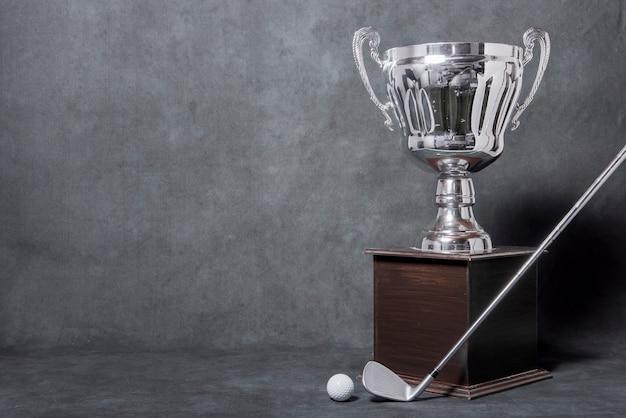 Trofeo di golf copia-spazio