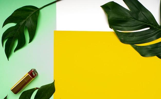 Trucco primaverile foglie tropicali