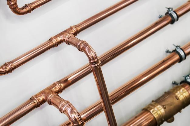 Tubi e raccordi in rame per lavori idraulici