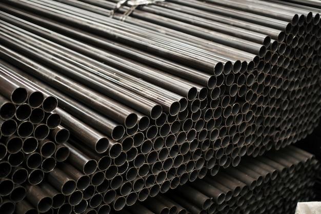 Tubo cilindrico in acciaio