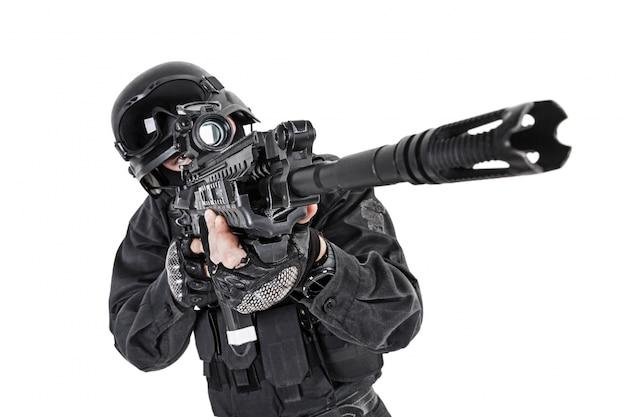 Ufficiale di polizia swat