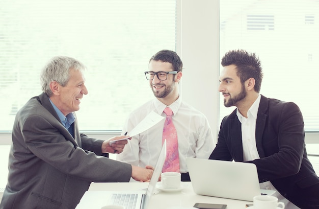 Ufficio di lavoro per uomini d'affari e dirigenti