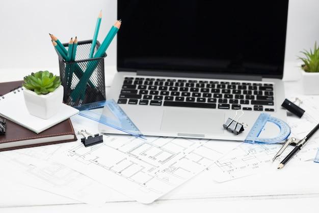 Ufficio scrivania
