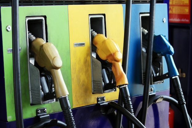 Ugello del carburante con tubo flessibile