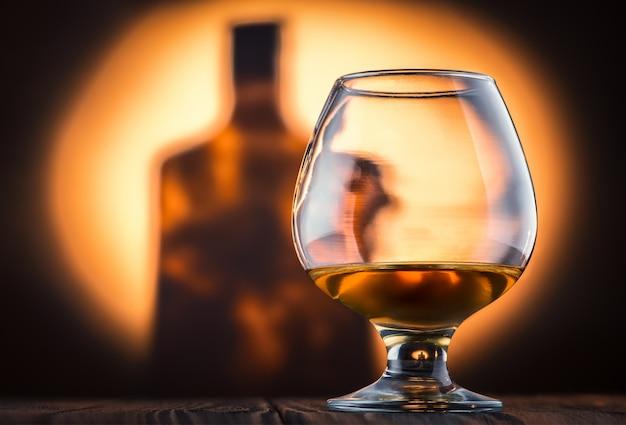 Un bicchiere di cognac