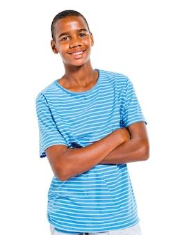 Un giovane ragazzo carino