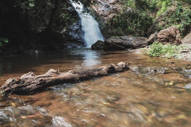 Una bellissima cascata