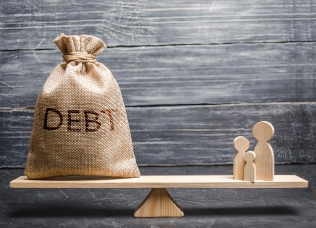 Una borsa con il debito iscrizione