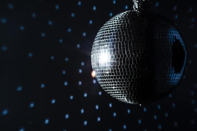 Una palla da discoteca mirror