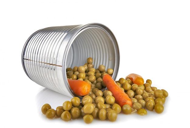Una scatola di piselli e carote