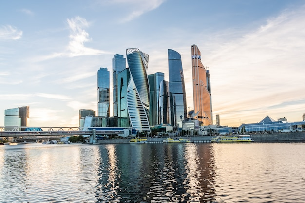 Una vista del moscow international business center - moscow-city