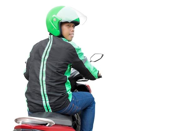 Uomo asiatico del taxi del motociclo con la sua motocicletta